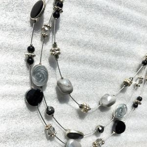 Black, silver & gray wire & bead necklace